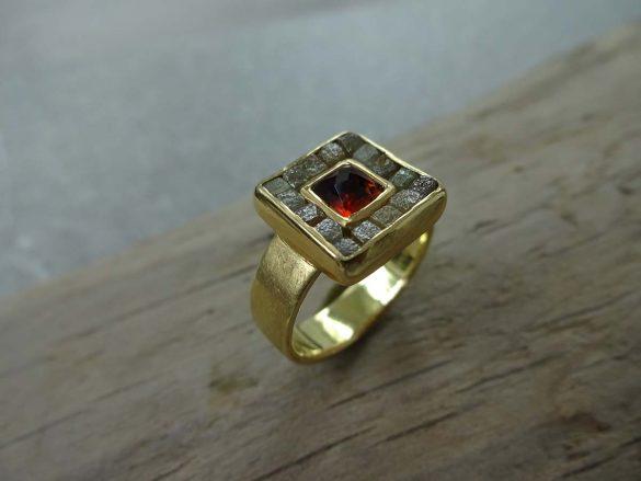 Ring 16 Rohdiamanten